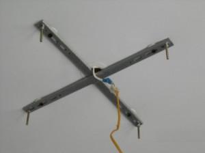 кронштейны для крепления люстры к потолку