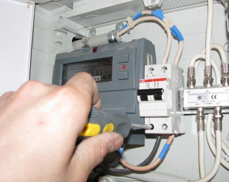 Подключение провода от счетчика к автомату