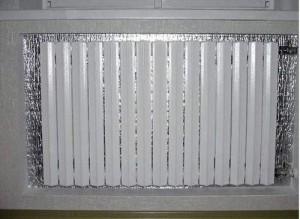 Экран из фольги за радиатором